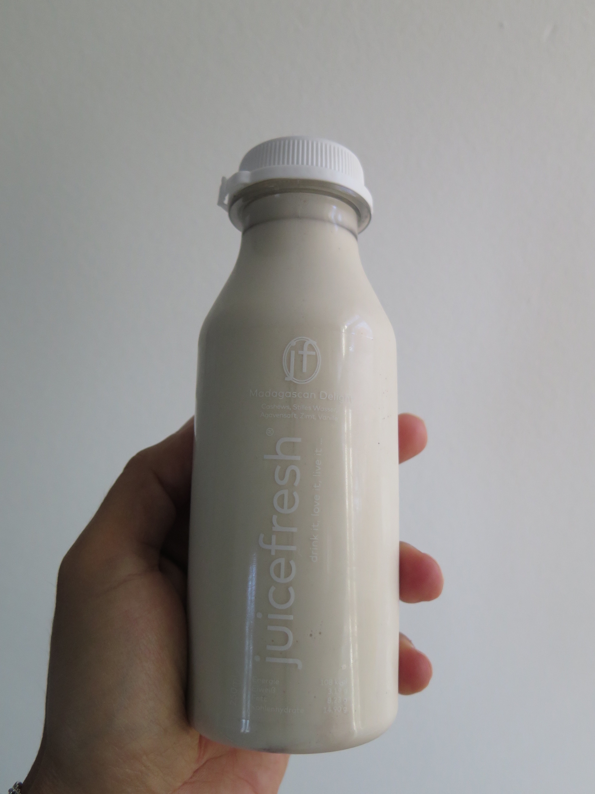 Die superleckere Nussmilch-Madagaskar Delight