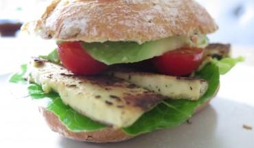 veganer Tofu Burger