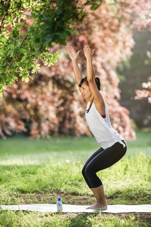 Yoga Vitacoco utkatasana Stuhl Pose